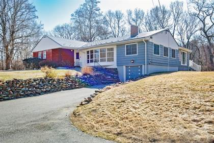 Single-Family Home for sale in 140 Parker Road , Chelmsford, MA, 01824