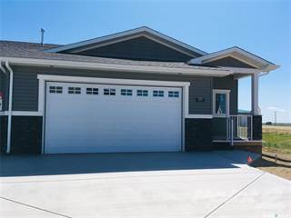 Condo for sale in 4 Savanna CRESCENT 302, Pilot Butte, Saskatchewan, S0G 3Z0