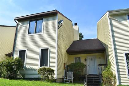 Residential Property for sale in 104 Crest Dr, Tafton, PA, 18464