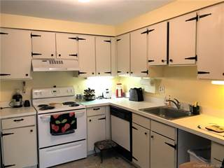 Condo for sale in 67 Woodside Circle 67, Torrington, CT, 06790