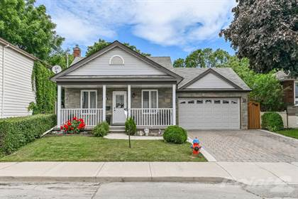 Residential for sale in 201 Picton St E, Hamilton, Ontario, L8L 3W8