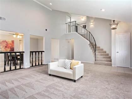 Residential for sale in 4800 Butterfield Road, Arlington, TX, 76017