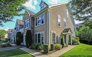 Townhouse for sale in 28 PEACH TREE LN, North Haledon, NJ, 07508
