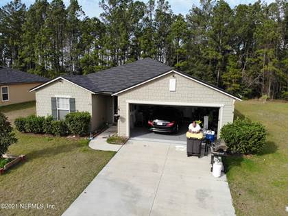 Residential Property for sale in 8585 MEADOW SPRINGS DR, Jacksonville, FL, 32210