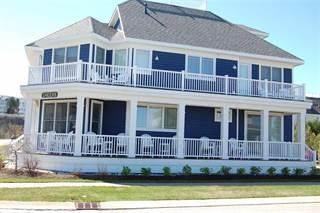 Single Family for sale in 700 E Beach, Petoskey, MI, 49770