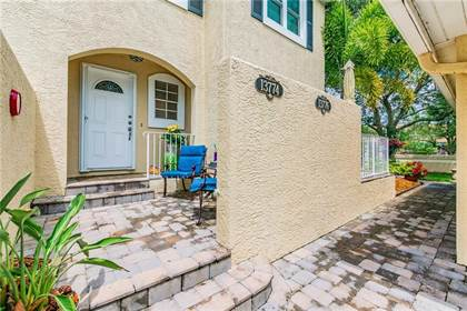 Residential Property for sale in 13774 MARSEILLES COURT, Feather Sound, FL, 33762