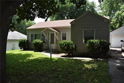 Residential for sale in 2304 Oak Street, St. Joseph, MO, 64503