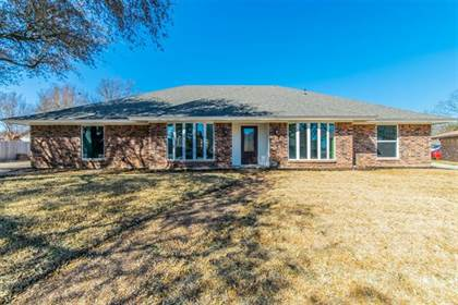 Residential Property for sale in 4411 Three Oaks Drive, Arlington, TX, 76016