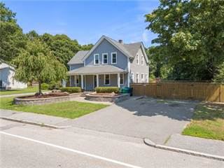 House for sale in 93 Church Avenue, Warwick, RI, 02889
