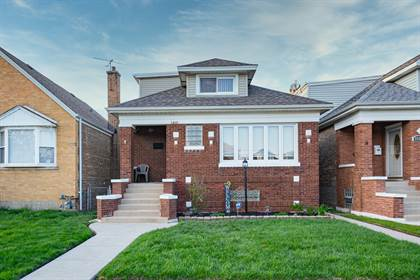 Residential Property for sale in 5832 West Melrose Street, Chicago, IL, 60634