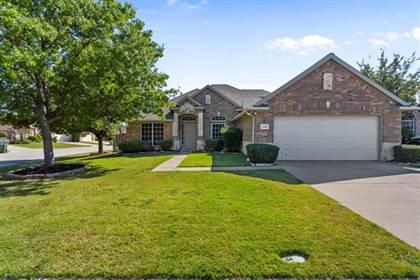 Residential for sale in 1408 PIERRON Drive, Arlington, TX, 76002