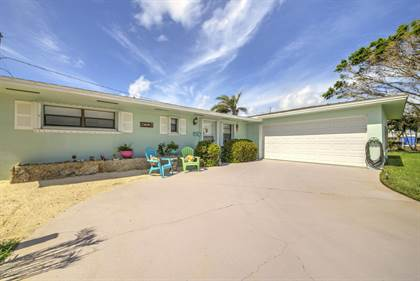 Residential Property for sale in 220 Carole Court, Satellite Beach, FL, 32937