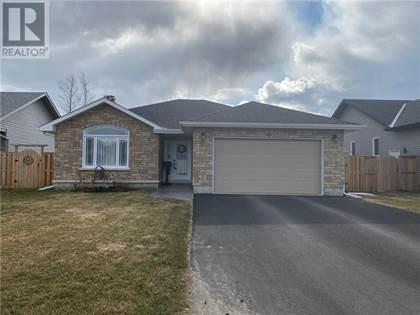 Single Family for sale in 515 GARDNER CRESCENT, Petawawa, Ontario, K8H0C4