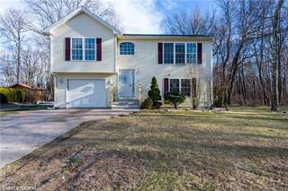 Single Family for sale in 14 Iroquois Trail, Cranston, RI, 02921