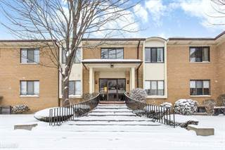 Condo for sale in 31935 W 14 Mile Rd, Farmington Hills, MI, 48334