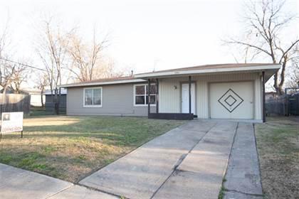 Residential for sale in 1744 Sharon Street, Arlington, TX, 76010