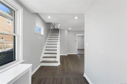Residential Property for sale in 844 Hollywood Avenue, Bronx, NY, 10465