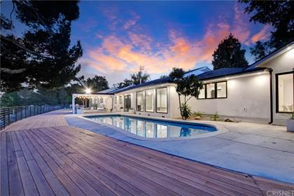 Residential Property for sale in 19536 Wells Drive, Tarzana, CA, 91356