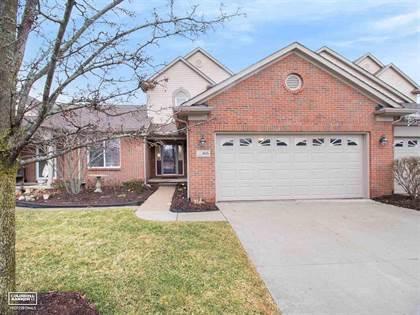 Residential for sale in 805 Oakwood Circle, Fenton, MI, 48430