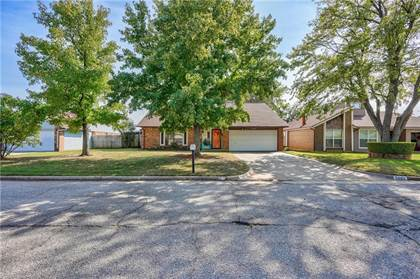 Residential for sale in 2608 SW 103rd Street, Oklahoma City, OK, 73159