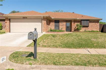Residential Property for sale in 8204 Lara Lane, Fort Worth, TX, 76148