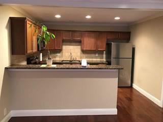 Condo for rent in 5238 Fleetwood Oaks Avenue 222, Dallas, TX, 75235