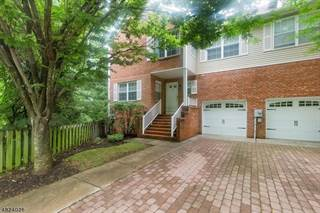 Condo for sale in 37 BERKELEY SQ, Watchung, NJ, 07069