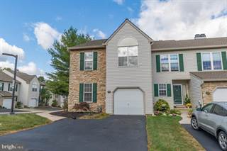 Townhouse for sale in 36 HAMPTON COURT, Norristown, PA, 19403