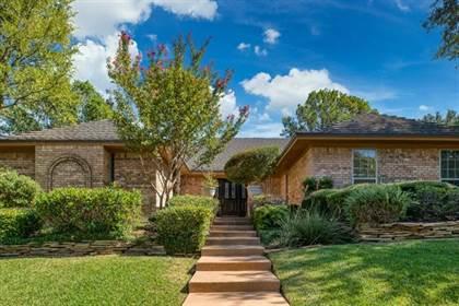 Residential for sale in 1407 Woodbine Street, Arlington, TX, 76012