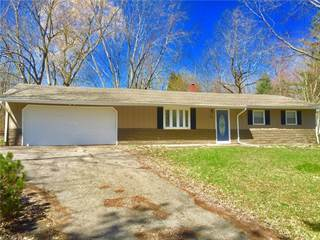 Single Family for sale in 13034 Cherry Ln, Chesterland, OH, 44026