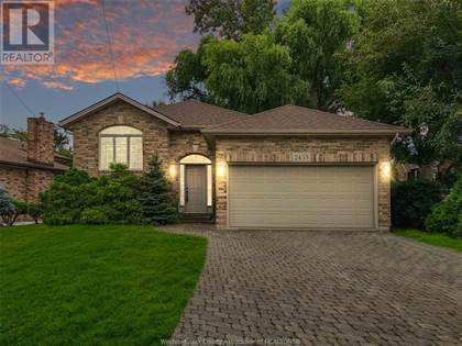 Single Family for sale in 2435 CABANA ROAD West, Windsor, Ontario, N9G1E2