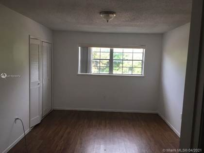 Residential Property for sale in 5317 CURRY FORD RD L-205, Orlando, FL, 32812