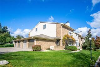 Condo for sale in 6652 MAPLE LAKES Drive, West Bloomfield, MI, 48322