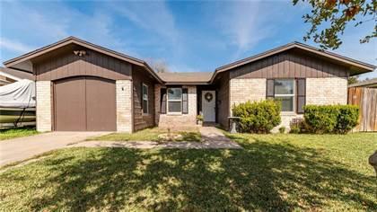 Residential for sale in 410 Birchwood Dr, Kingsville, TX, 78363