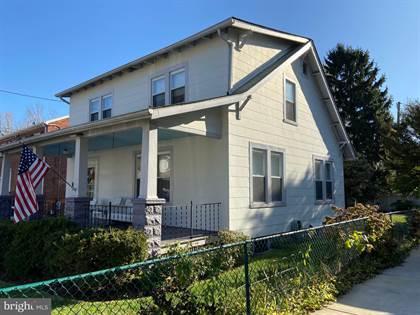 Residential for sale in 16 W DEL RAY AVENUE, Alexandria, VA, 22301