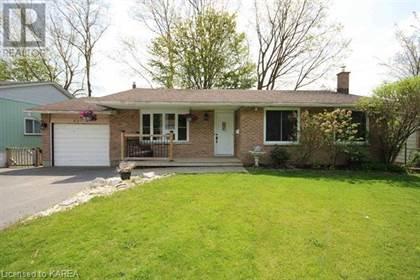 Single Family for sale in 937 MAYFAIR Crescent, Kingston, Ontario, K7M5S5