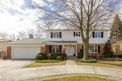 Residential Property for sale in 939 BLAIRMOOR Court, Grosse Pointe Woods, MI, 48236