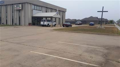 Commercial for sale in 1615 SW 96 Street, Oklahoma City, OK, 73159