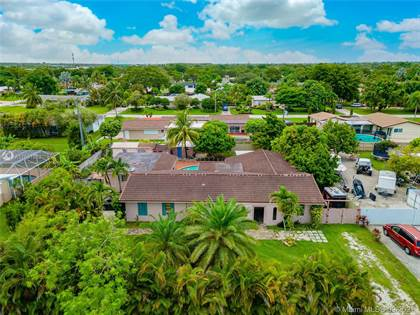 Residential Property for sale in 11261 SW 175th St, Miami, FL, 33157