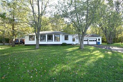 Residential Property for sale in 9941 Hardpan Road, Evans Town, NY, 14006