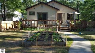 Single Family for sale in 1607 E Eighth Street, Traverse City, MI, 49686