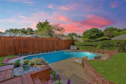 Residential Property for sale in 9920 Silvertree Drive, Dallas, TX, 75243