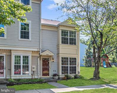 Residential for sale in 9651 STIRLING BRIDGE DR, Columbia, MD, 21046