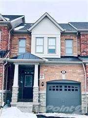 Townhouse for sale in 8 Merrybrook Tr, Brampton, Ontario, L7A4W1