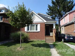 Residential Property for sale in 146 ARKELL Street, Hamilton, Ontario