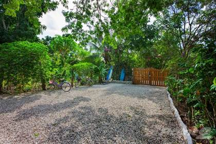 Residential Property for sale in Centro Holistico Las Abejas, Calle Zaramullo 6 Hurtos Familiares, Cozumel, Quintana Roo
