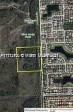 Residential Property for sale in 2400 157 Ave, Miami, FL, 33185