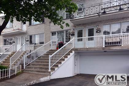 Multifamily for sale in 8757-8759 Rue Dubé, LaSalle, Quebec, H8R2S6
