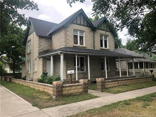 Residential Property for sale in 542 12 Street S, Lethbridge, Alberta, T1J 2R7