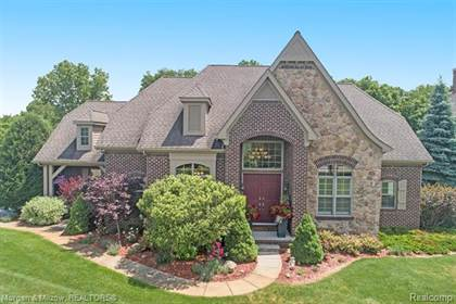 Residential for sale in 9368 Softwater Woods Drive, Springfield Township, MI, 48348